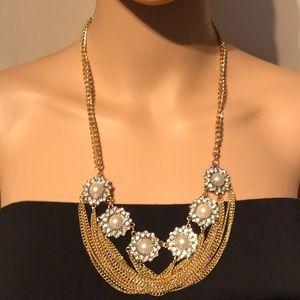 Beautiful golden tone necklace